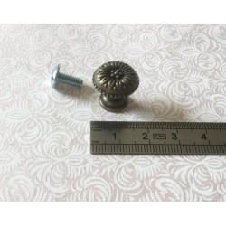 Bouton de col fleur laiton vieilli