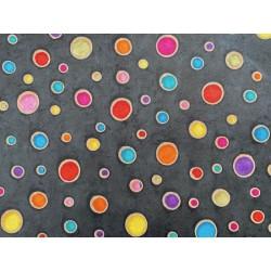 Ronds multicolores cirés sur noir