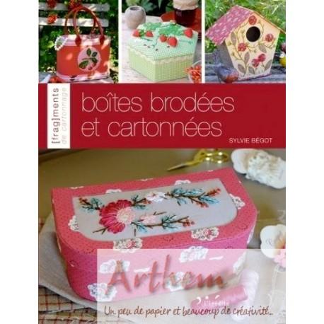 Boîtes brodées et cartonnées