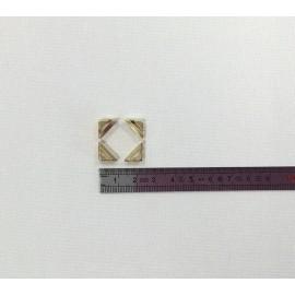 4 angles laiton 11x11x3