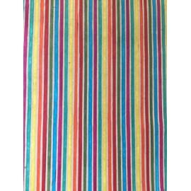 Rayures multicolores sur papier ciré